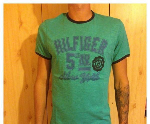 caf9358199 Predam tričká Tommy Hilfiger - Tričká Partizánske - Na Predaj .EU